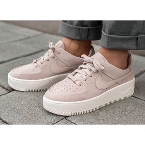nike • air force 1 sage low sneakers in mauve